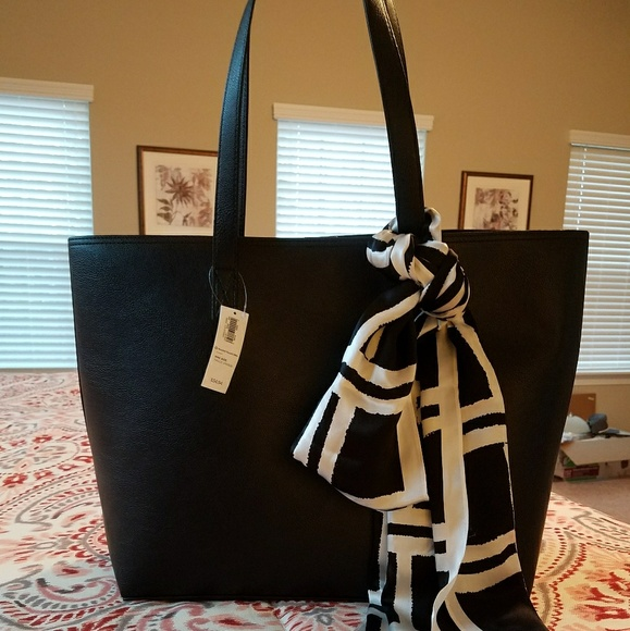 c01f6170d0 Nwt old navy faux leather bag with BR silk scarf